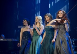 CELTIC WOMAN Trianon Paris 2019